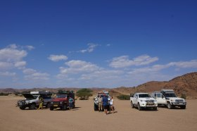 Inflating tyres at Amspoort before crossing the Ganias Plains